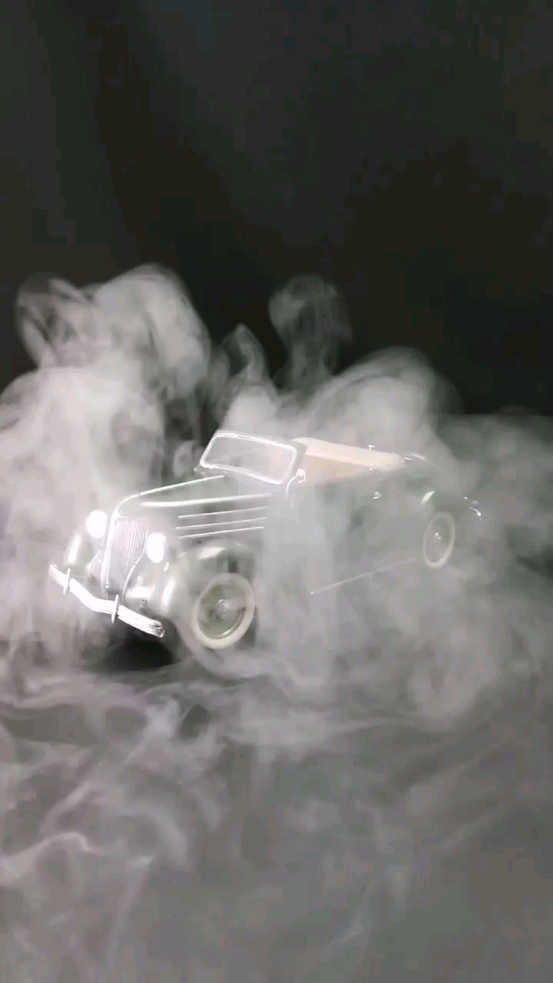 1936福特敞篷跑车,1:24比例,东晓汽车模型收藏馆藏品。