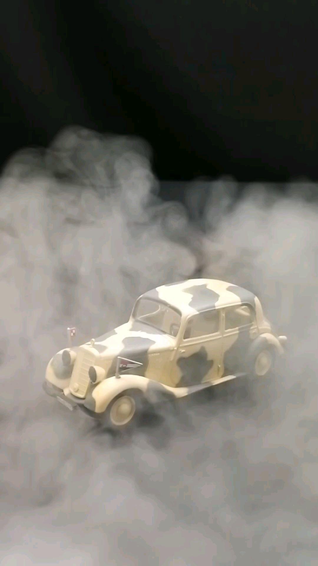 1931梅赛德斯奔驰170V军车,1:43,东晓汽车模型收藏馆藏品。