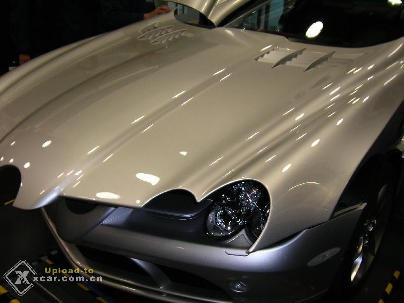 价值800万的奔驰slr超级跑车高清图片