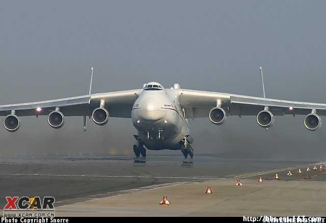 世界上最大的飞机 安225