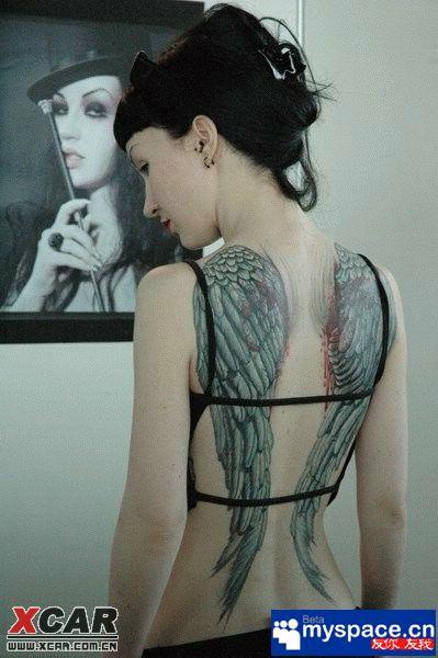 【精华】实拍:首届俄罗斯人体纹身艺术展``!几十张pp