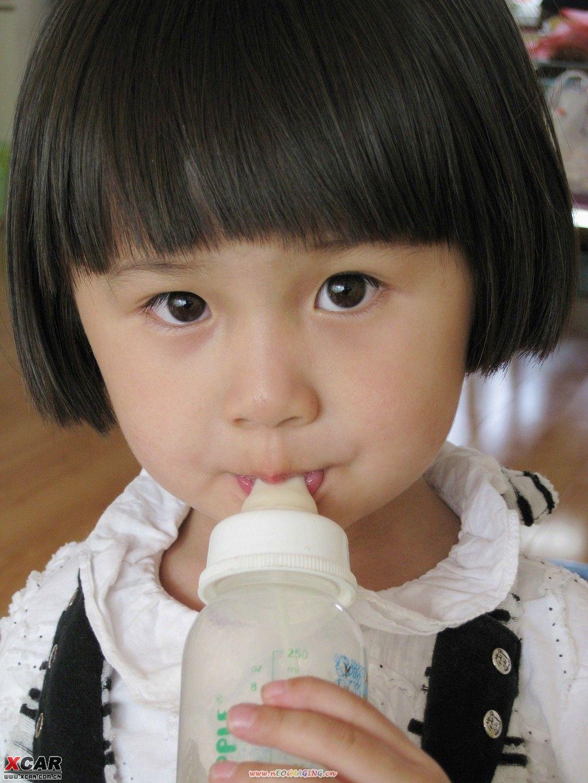 挑战台湾可爱双胞胎的小女孩(绝对可爱,说话算数,到50楼更新图片)