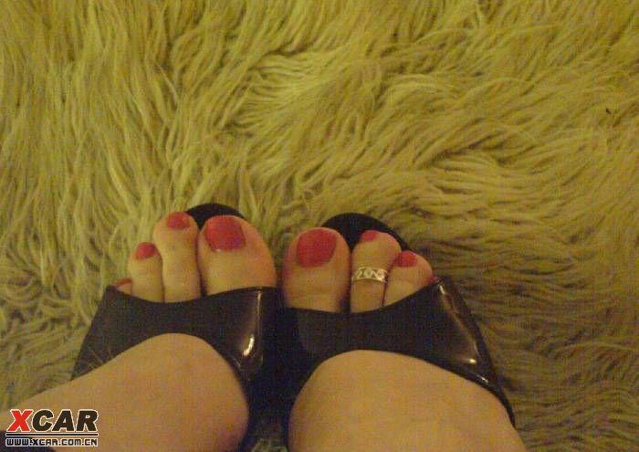 大凡美女 二脚趾头要比大脚趾头长一截