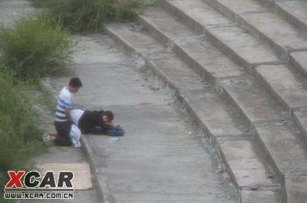 初中生露天责任野战,父母操场社谁的学校?(上海学国中中怎么样初中部图片