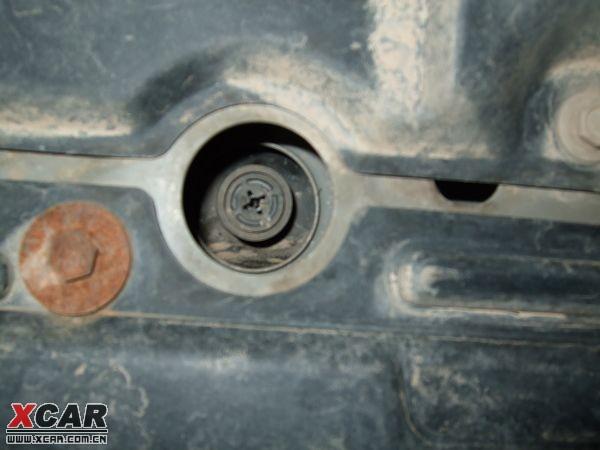 0xl发动机防冻液的正确更换方法;