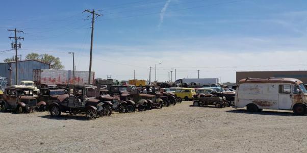 收藏废车的路易斯汽车博物馆