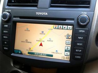 好看又有料 丰田RAV4加装纯正精品导航