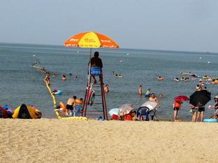 水质好游人少 去苏马湾享受海泳的快乐