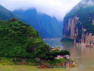 同学聚会畅游长江三峡一路美景目不暇接