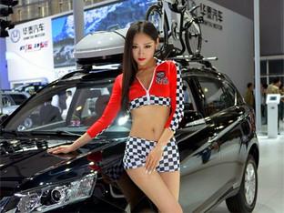 饥肠辘辘逛车展盘点广州车展的窈窕身影