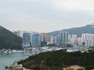 组织闺蜜基友 一起私奔去香港