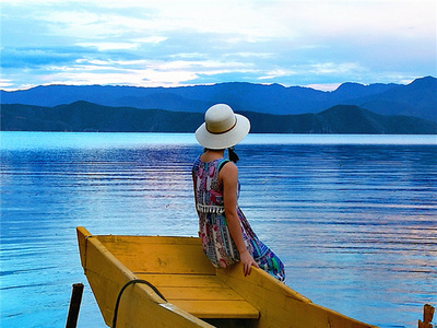 难忘泸沽湖纯净的蓝