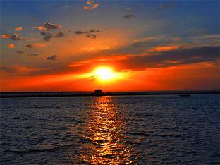 观达里湖日落美景