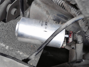满满成就感 翼虎换汽油滤清器