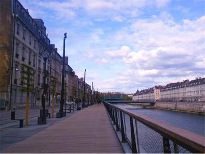 沉醉于法国浪漫情怀