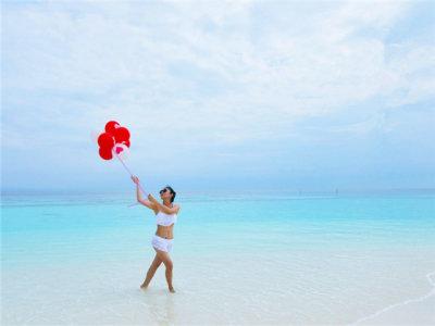水清沙幼 赏马尔代夫椰林树影