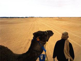 独自穿越撒哈拉沙漠