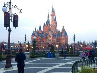 畅玩上海迪士尼乐园