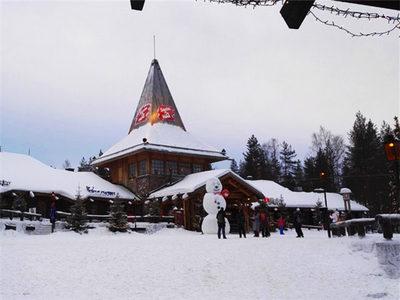 在芬兰冰雪世界遨游