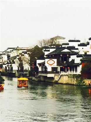 拍下秦淮河两岸风光