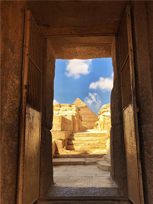 埃及金字塔充满神秘