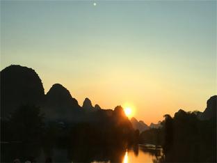 桂林象鼻山风景如画