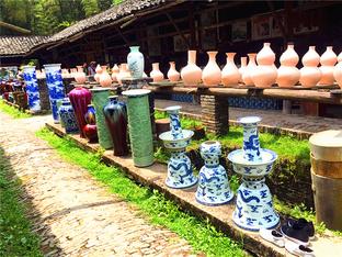 游览陶瓷名都景德镇
