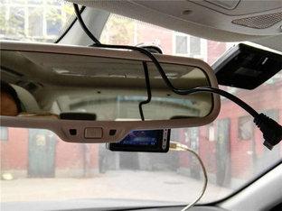 更简洁 众泰Z700记录仪取电法