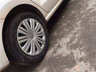 虽耐磨老化也很严重 POLO替换轮圈轮胎