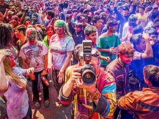 玩转世界最疯狂的节日--洒红节