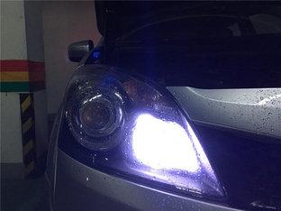 增加亮度还不刺眼 科雷傲更换LED示宽灯