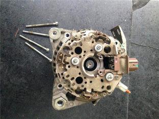 仪表灯全亮吓一跳 维修丰田RAV4发电机