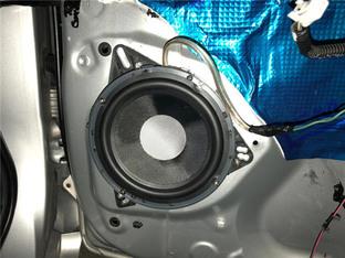 自己动手需耐心 丰田逸致音响改装升级