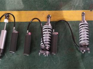 首台霸锐私人定制 氮气减震+艾巴赫弹簧