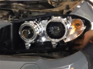 恢复明亮和灵动 宝马5系改LED透镜大灯