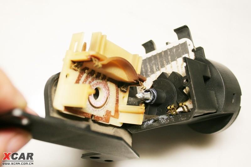 看图说话 大灯拉杆开关的拆解与修复 君威论坛 XCAR 爱卡汽车俱乐部高清图片