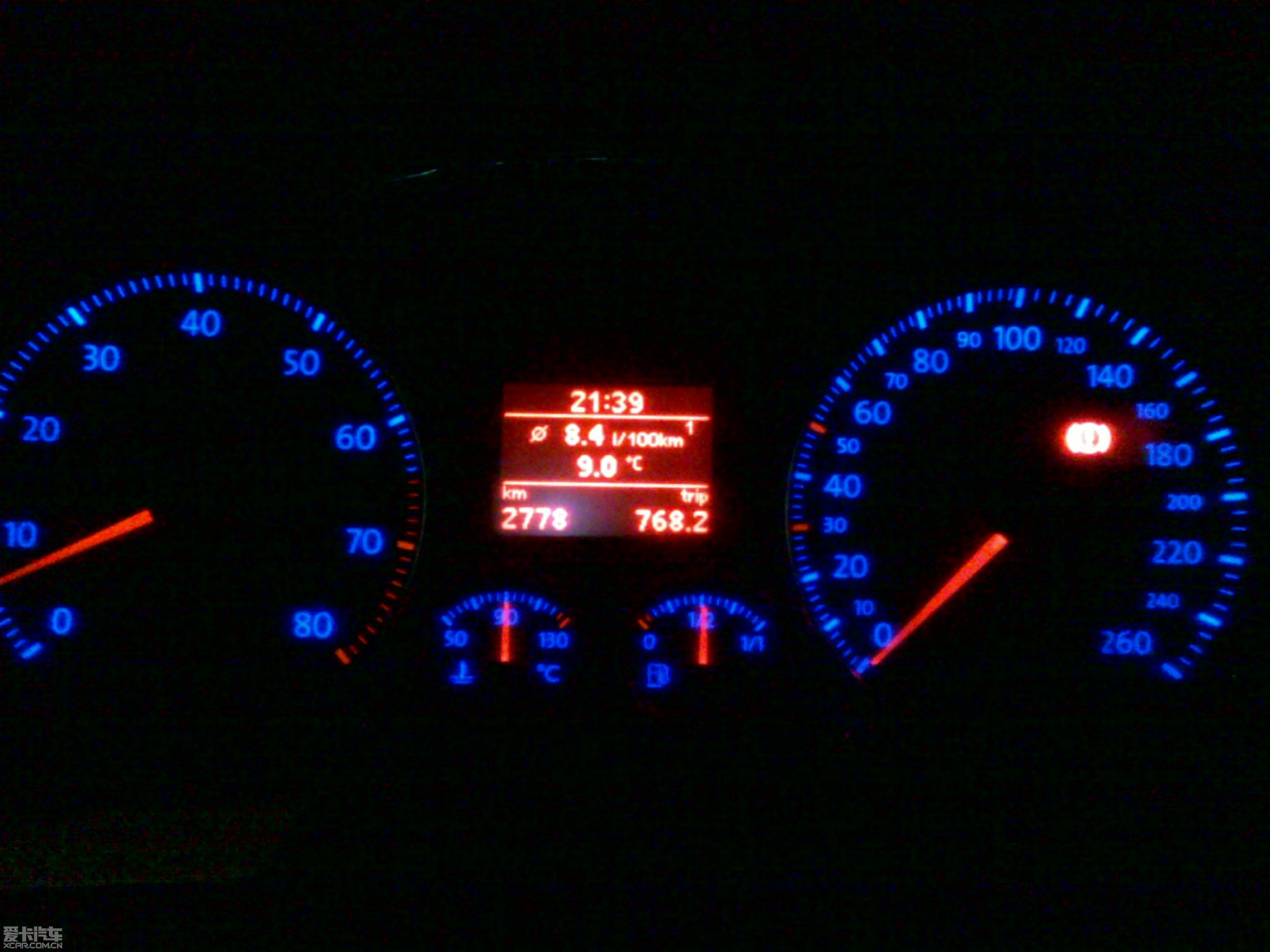 途安20手动,油耗表,上图咯 途安论坛 xcar 爱卡汽车俱乐部高清图片