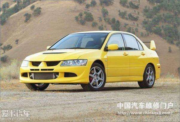 414 标题 汽车发动机双回路冷却系统高清图片