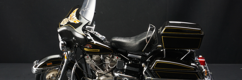 1976哈利大卫逊旗舰滑翔巡航型摩托车