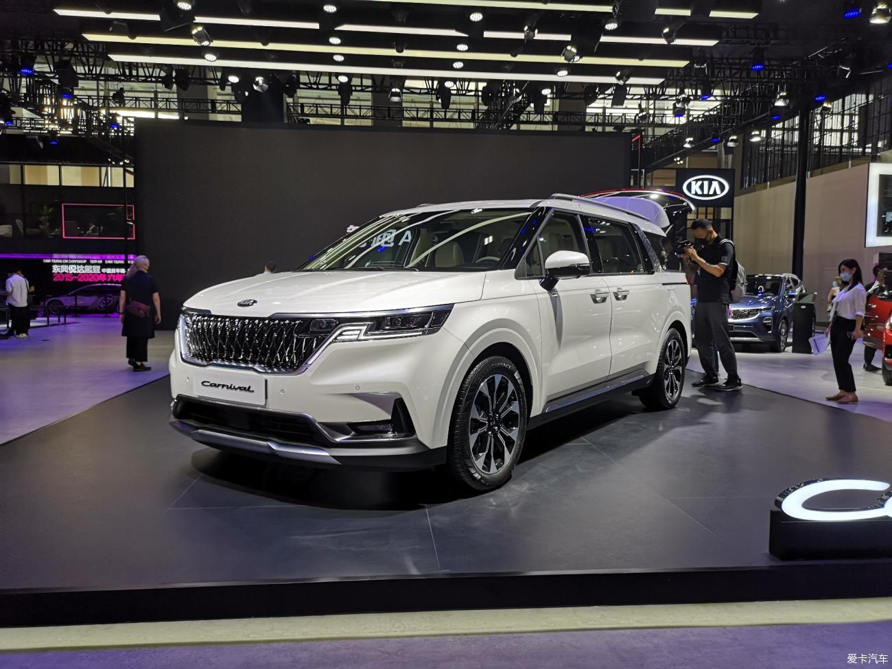 【2020广州车展】韩系最强保姆车 全新起亚Carnival
