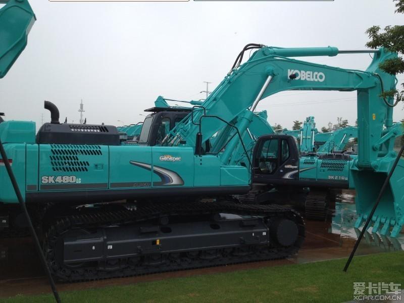 神钢概况神钢sk480lc-8挖掘机是神钢48吨级-8系列大型挖掘机,整机质图片