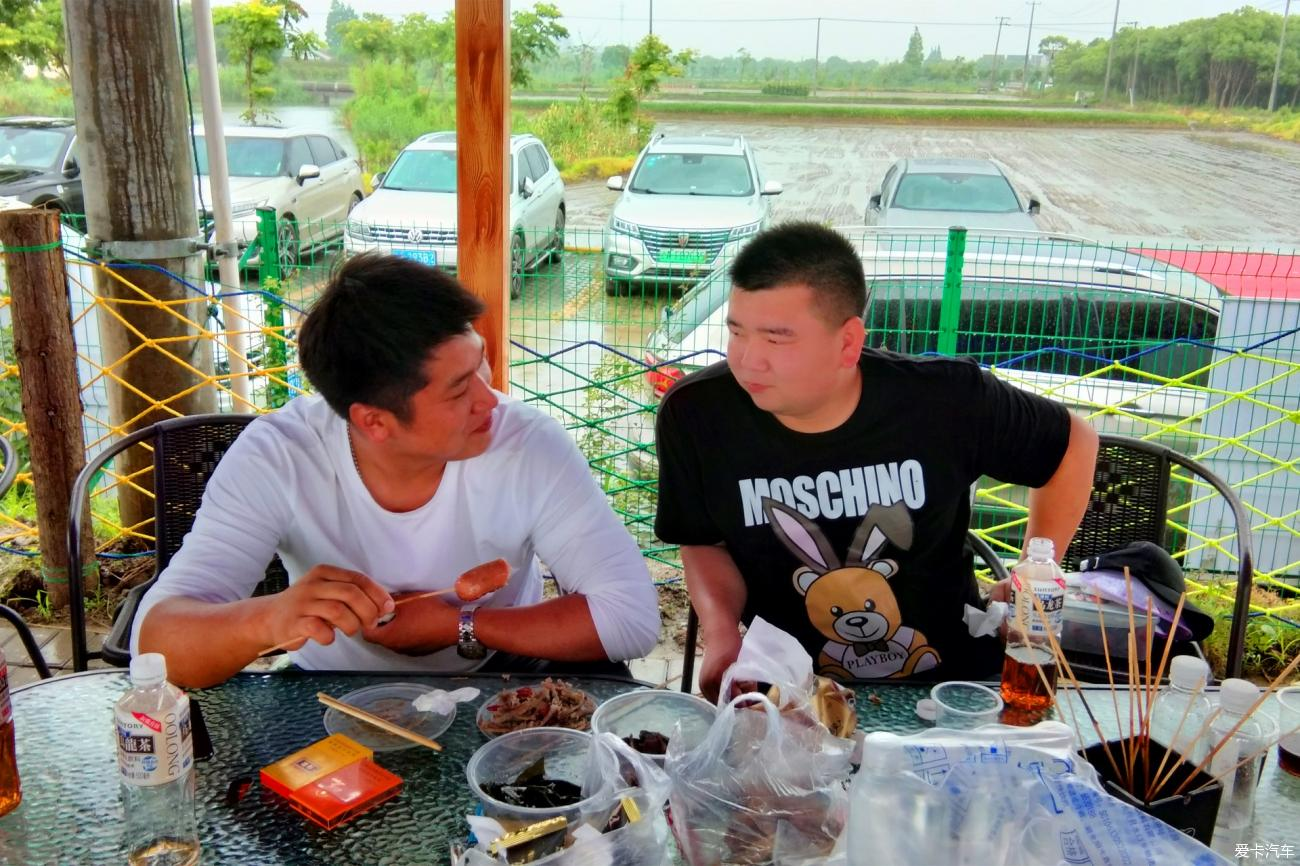 """""""端""""钓龙虾""""午""""聚烧烤"""