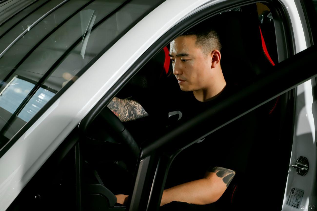 【玩车攻略】不好意思 北京第一台能上路的8代GTI被我买走了