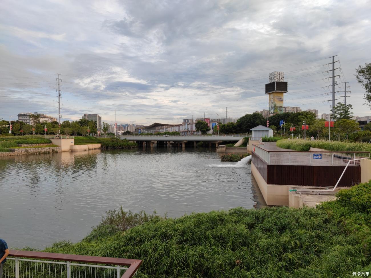 沙井蚝乡湖公园