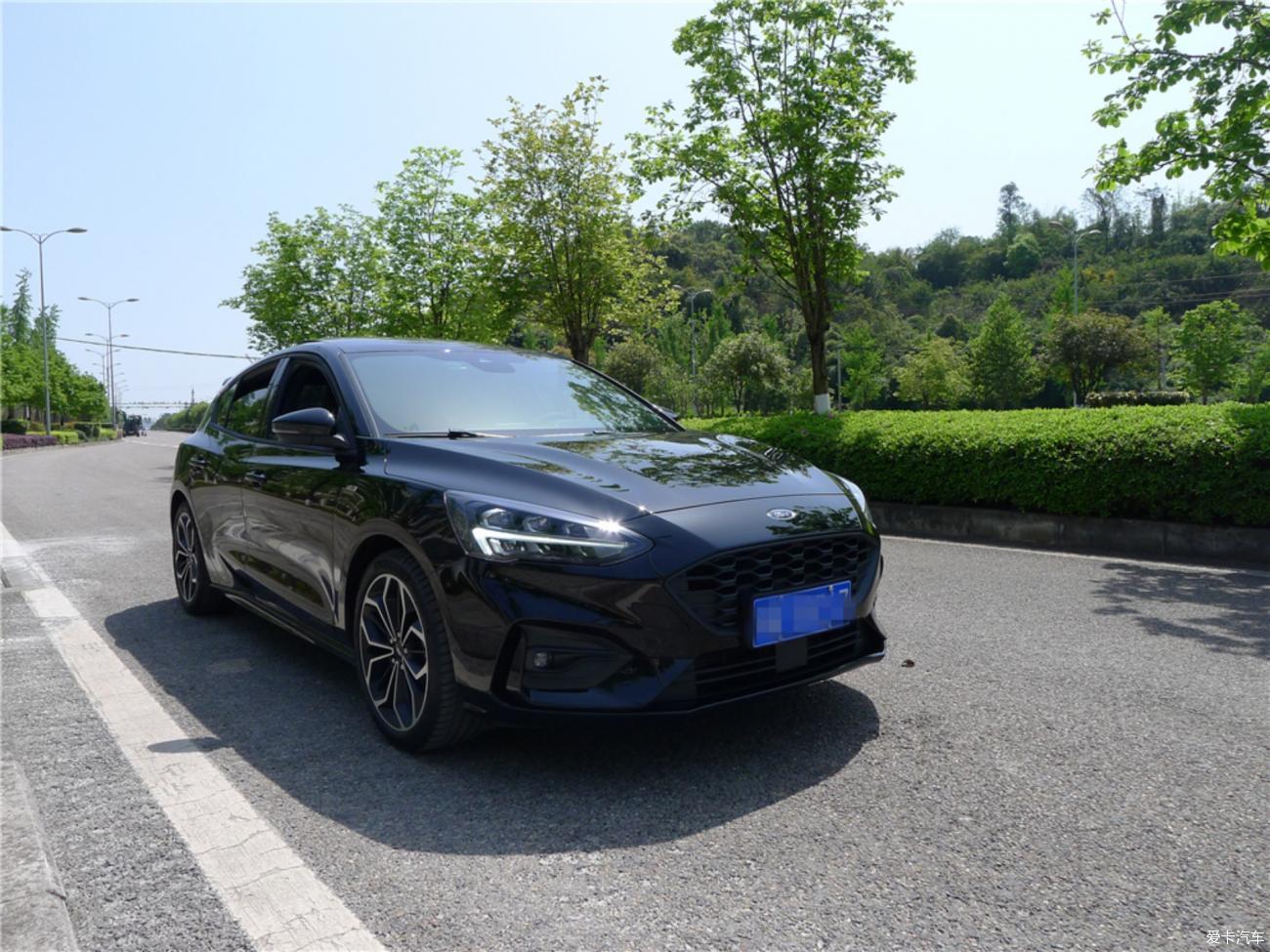 帅气的黑色福克斯,两月用车感受分享